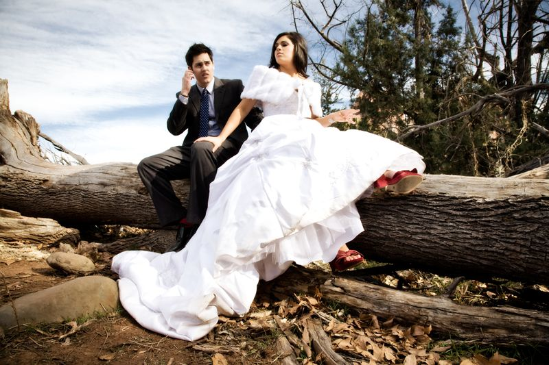 Crescent-moon-bride-and-groom2