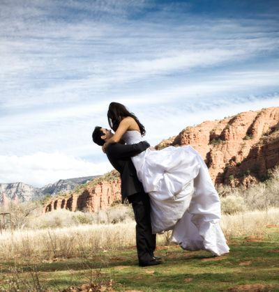 Crescent-moon-bride-and-groom5