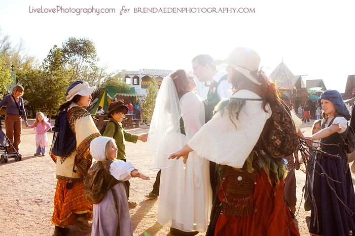 Gypsie-family-and-bride-and-groom~ARIZONA-RENAISSANCE-WEDDING-~copyright-BRENDAEDENPHOTOGRAPHY.COM