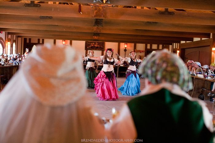 RenFest-Belly-Dancers~ARIZONA-RENAISSANCE-WEDDING-~copyright-BRENDAEDENPHOTOGRAPHY.COM