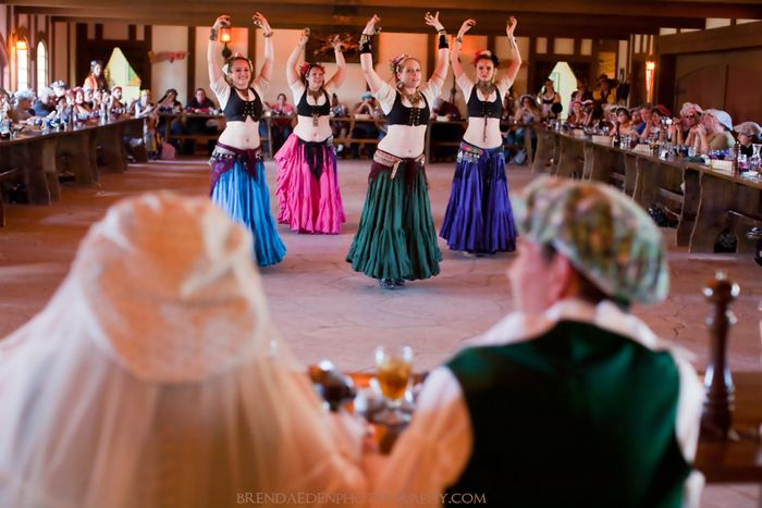 RenFest-Belly-Dancers-at-Lara-and-Mike's-Wedding~ARIZONA-RENAISSANCE-WEDDING-~copyright-BRENDAEDENPHOTOGRAPHY.COM