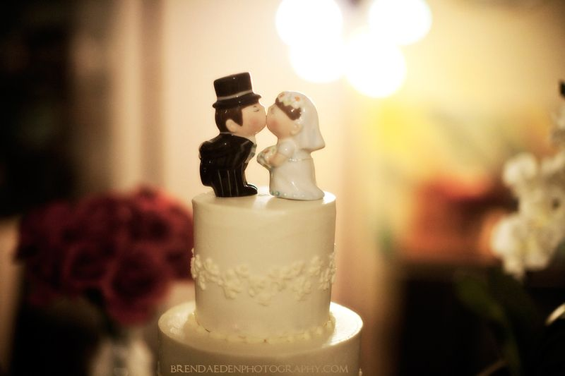 Kick-Ass-Kakes-Wedding-Cake-and-Cake-Topper~ARIZONA-RENAISSANCE ...