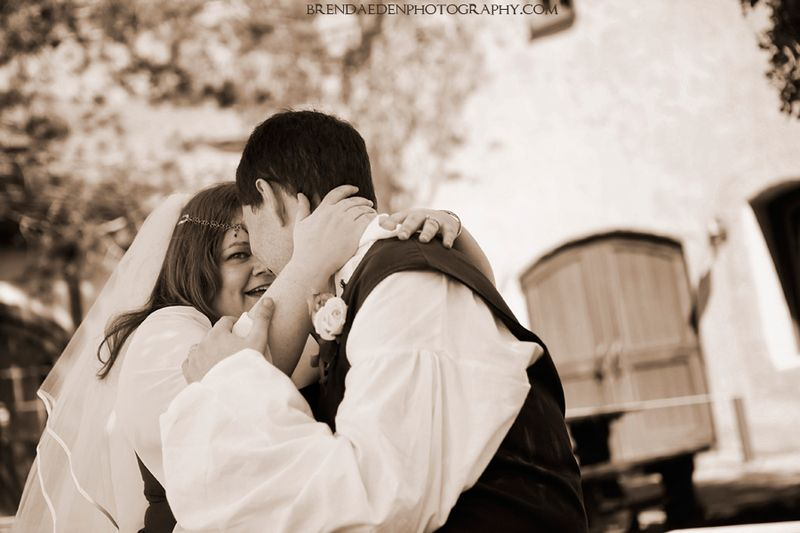 Love~ARIZONA-RENAISSANCE-WEDDING-~copyright-BRENDAEDENPHOTOGRAPHY.COM