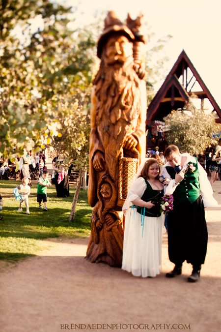 L&M~ARIZONA-RENAISSANCE-WEDDING-~copyright-BRENDAEDENPHOTOGRAPHY.COM