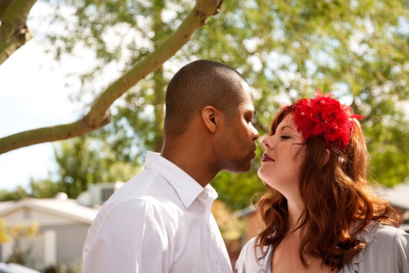 J+S-kiss~Jessica-and-Stan~Day-After-the-Wedding~copyright-BRENDAEDENPHOTOGRAPHY.COM
