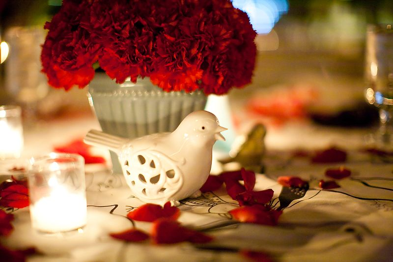 Bird-and-red-flowers-for-wedding