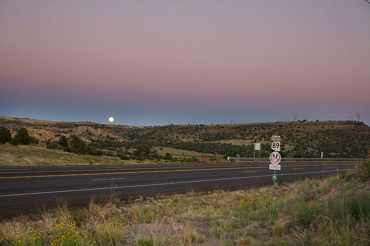 Moonrise-over-Prescott-Valley